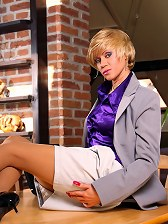 Horny business lady in sexy nude pantyhose